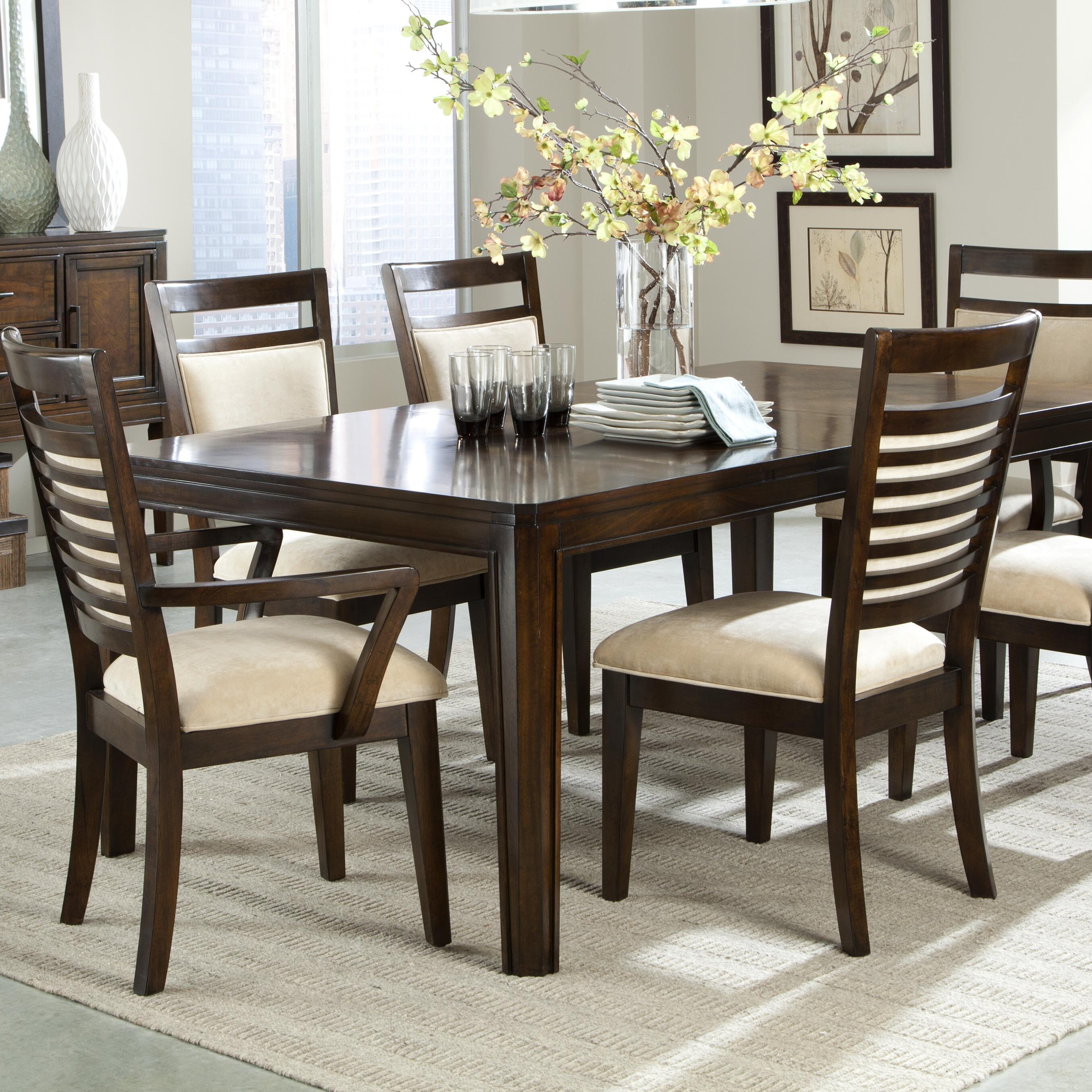Latitude run bellevue dining table reviews wayfair for Wayfair dining table