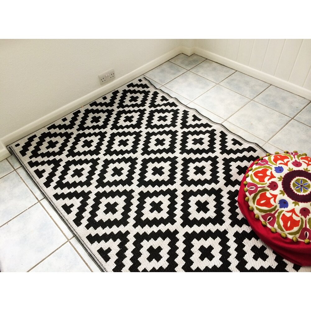 Indoor Outdoor Rugs Black And White