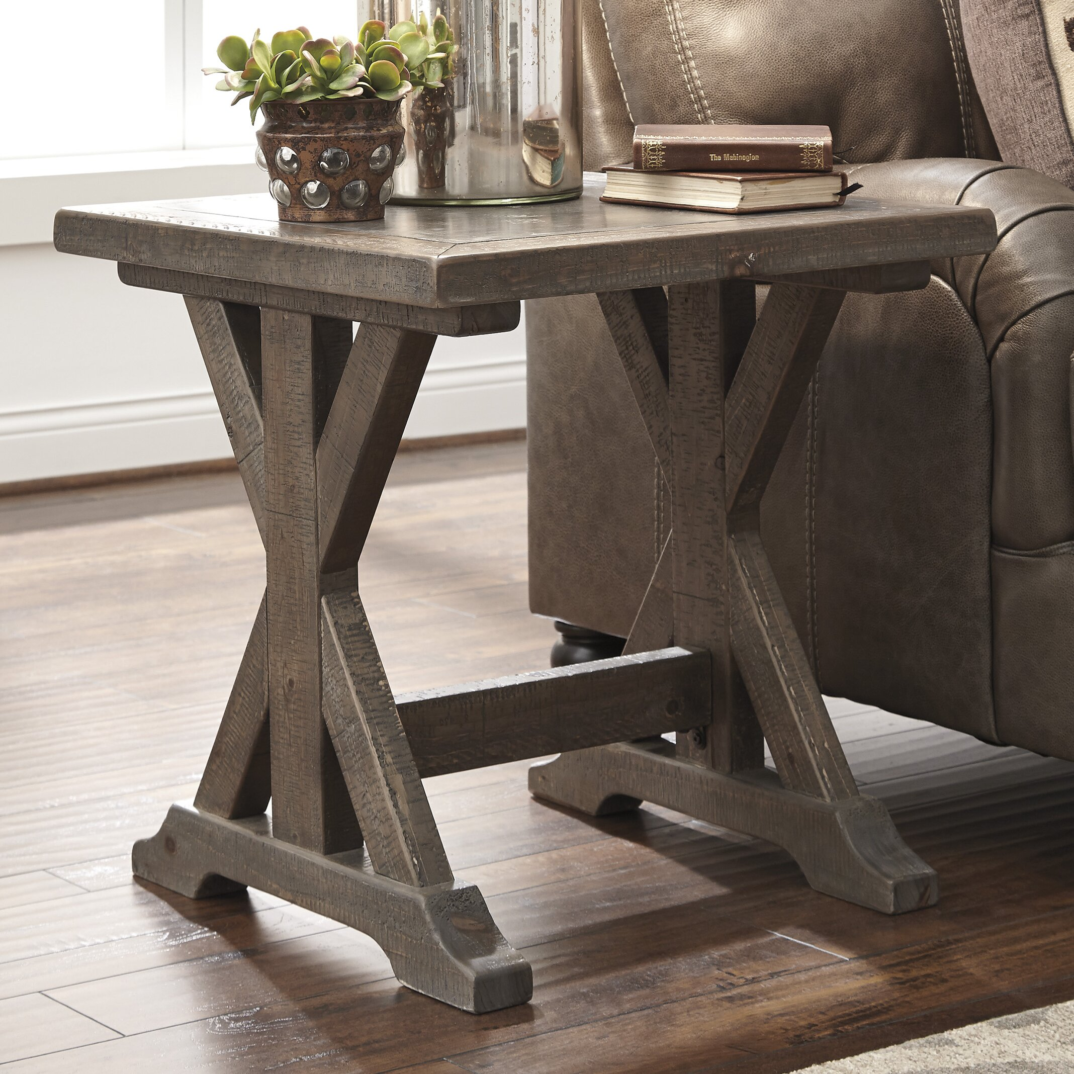Laurel foundry modern farmhouse lidia end table reviews for Farmhouse end table set