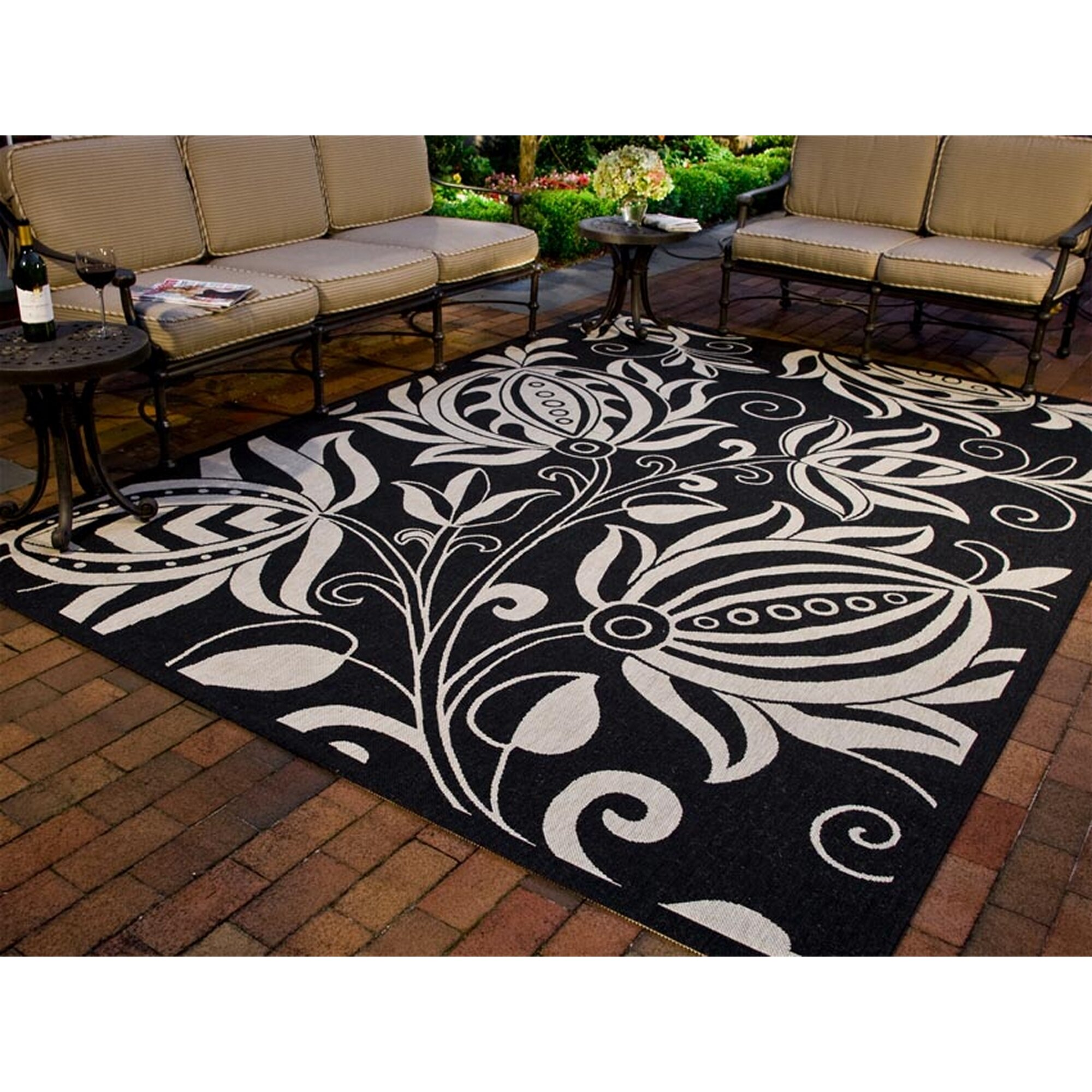 safavieh courtyard black tan indoor outdoor area rug. Black Bedroom Furniture Sets. Home Design Ideas