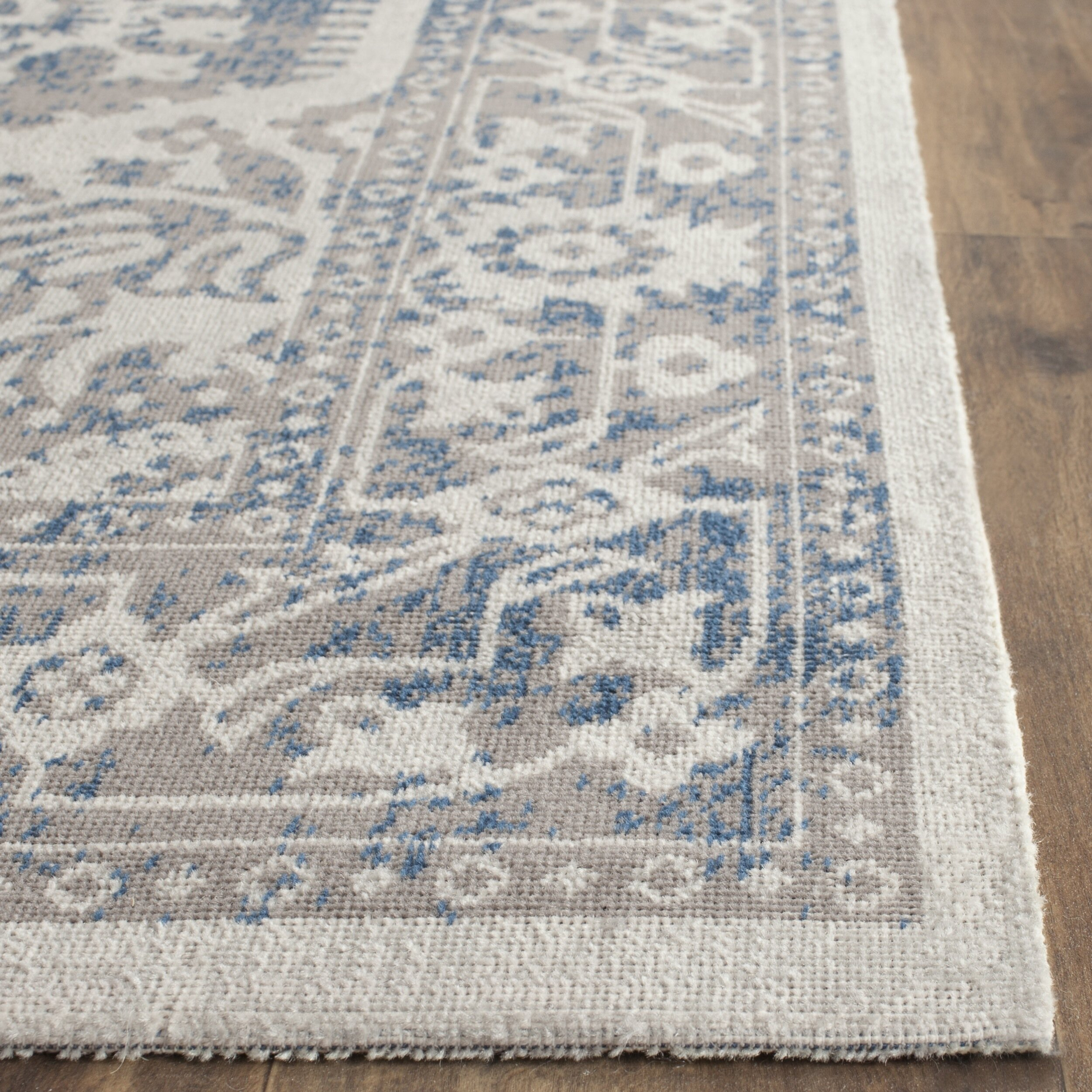 Gray Blue Area Rug Rugstudio Presents Loloi Viera Vr 06