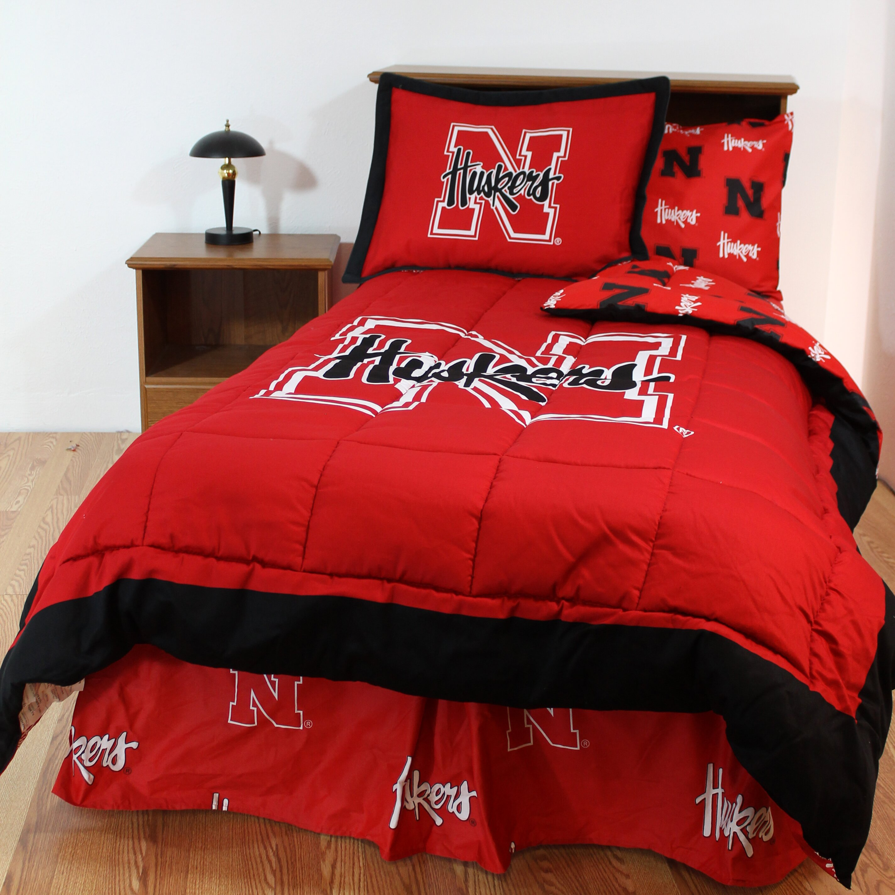 college covers ncaa nebraska bed in a bag collection