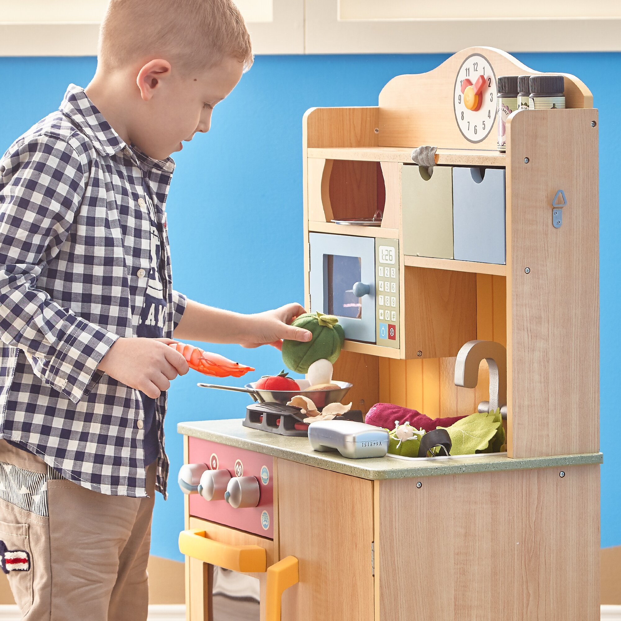 Teamson Kids Little Chef Wooden Play Kitchen With