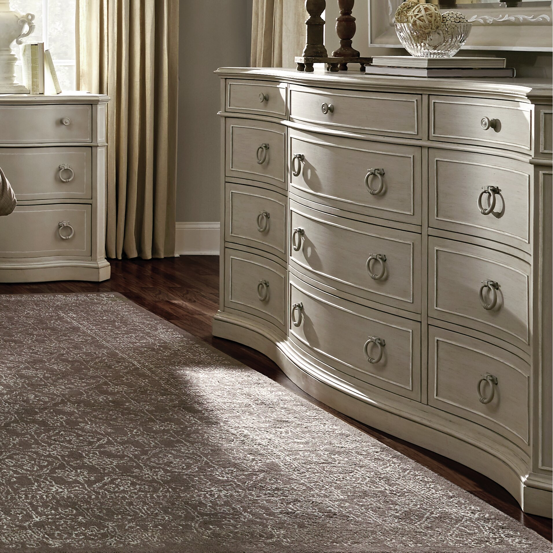 A R T Chateaux California King Panel Customizable Bedroom