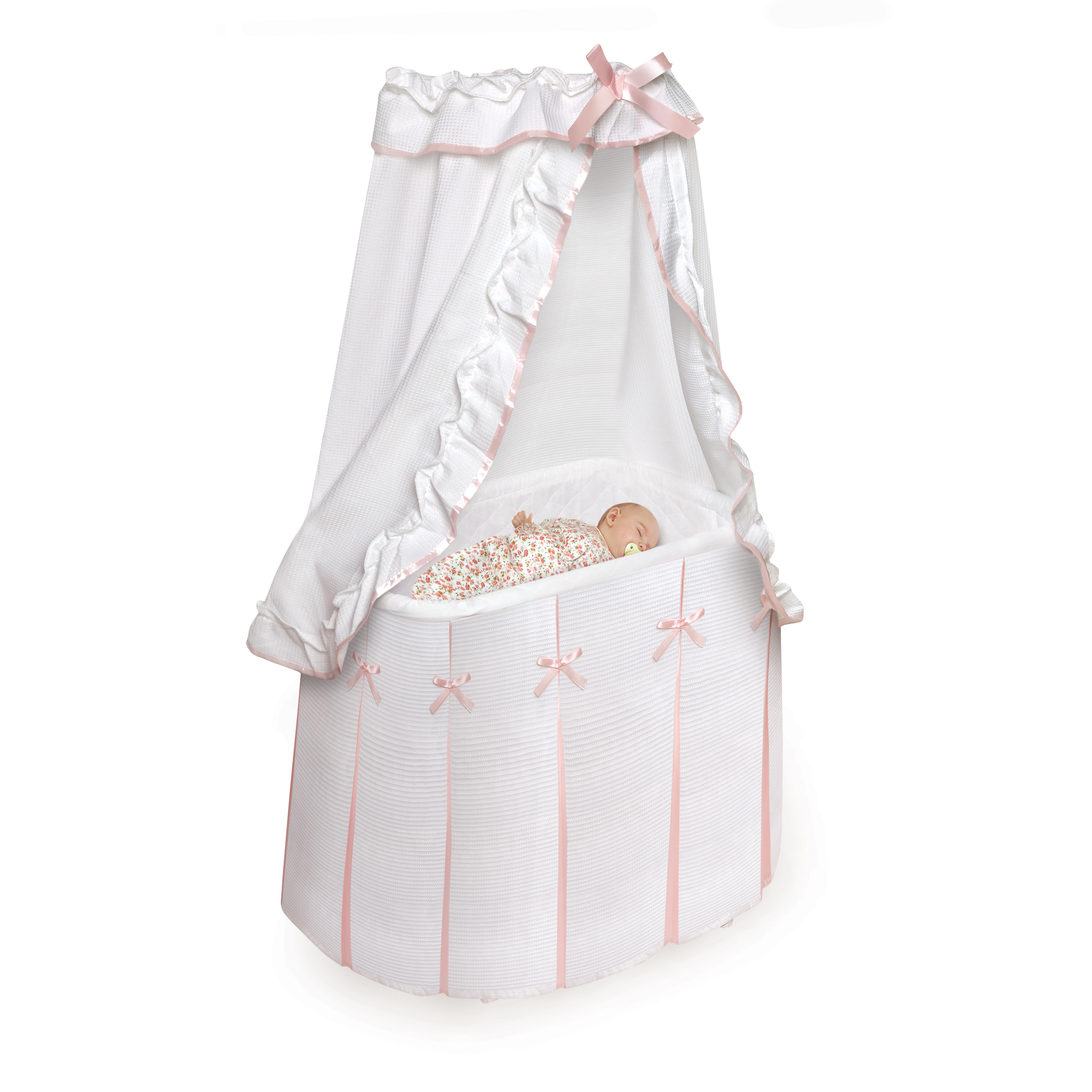 Badger basket majesty baby bassinet with canopy reviews for Baby bassinet