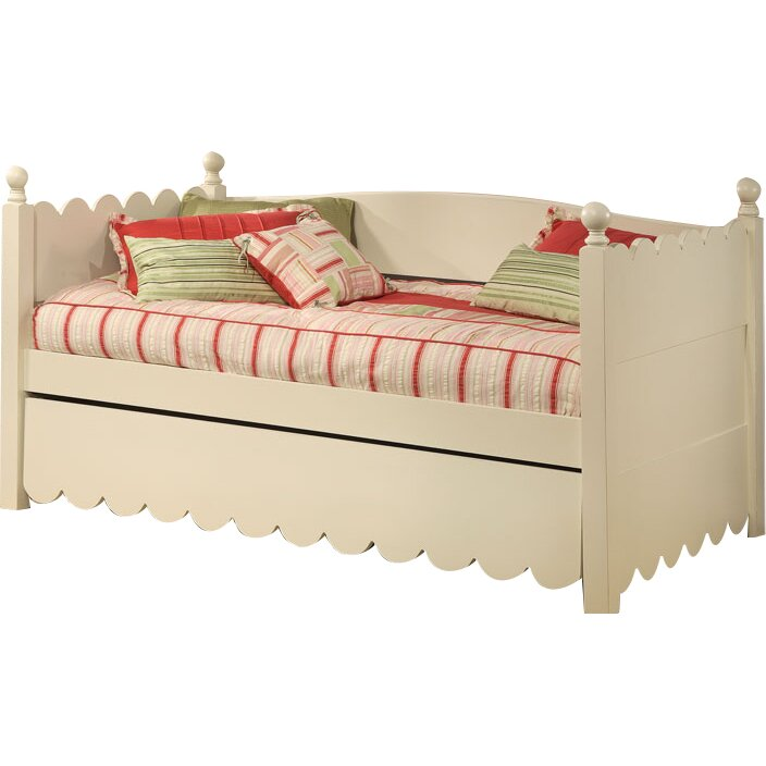 daybed with pop up trundle excellent daybeds trundles youull