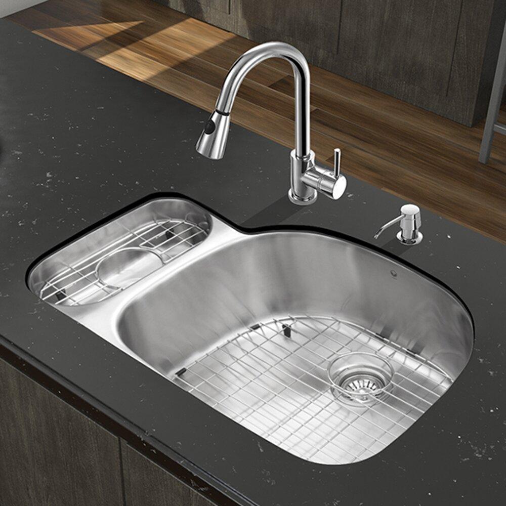 Vigo 32 Inch Undermount 80 20 Double Bowl 18 Gauge Stainless Steel Kitchen Sink With Weston