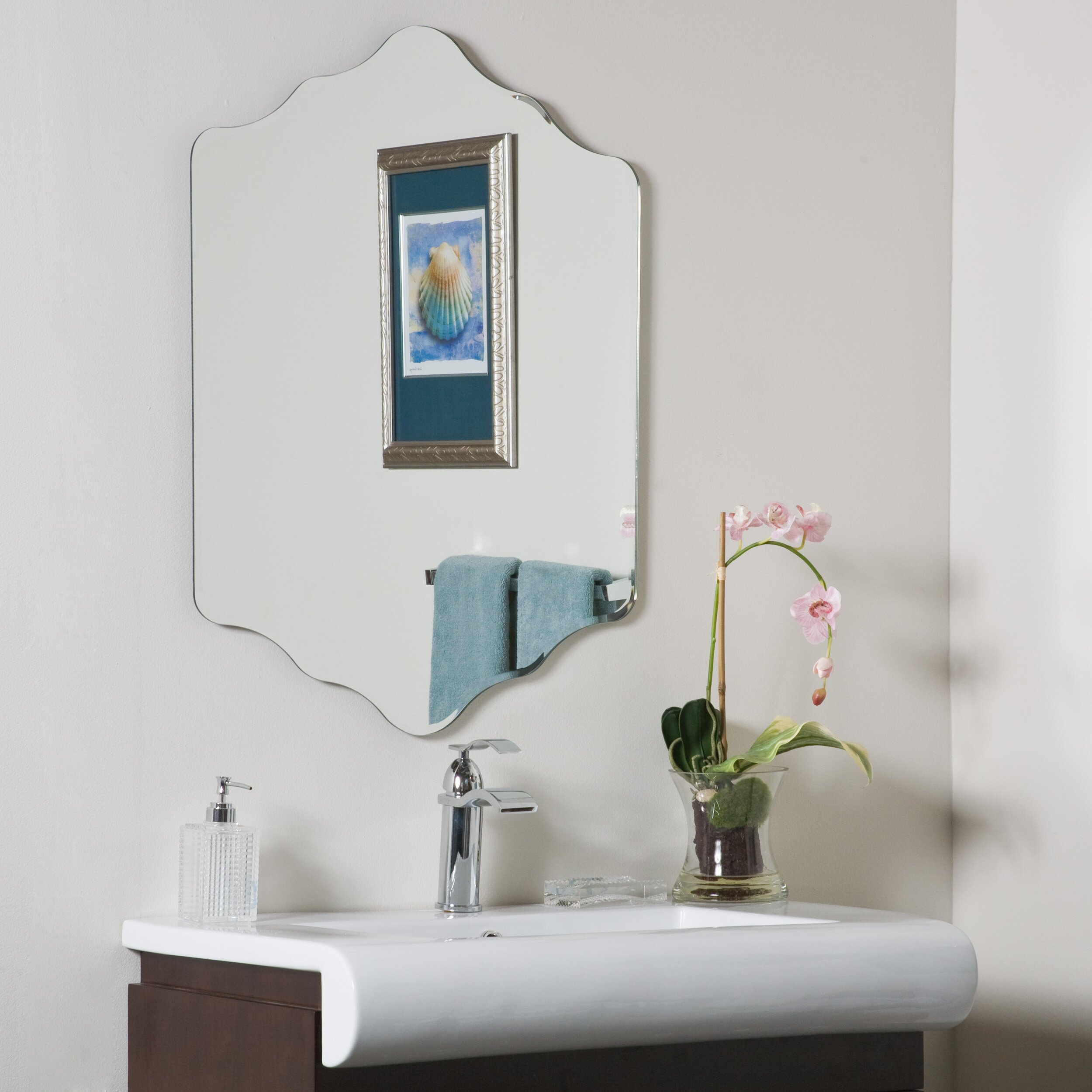 Decor wonderland vandam frameless wall mirror reviews for Frameless wall mirror
