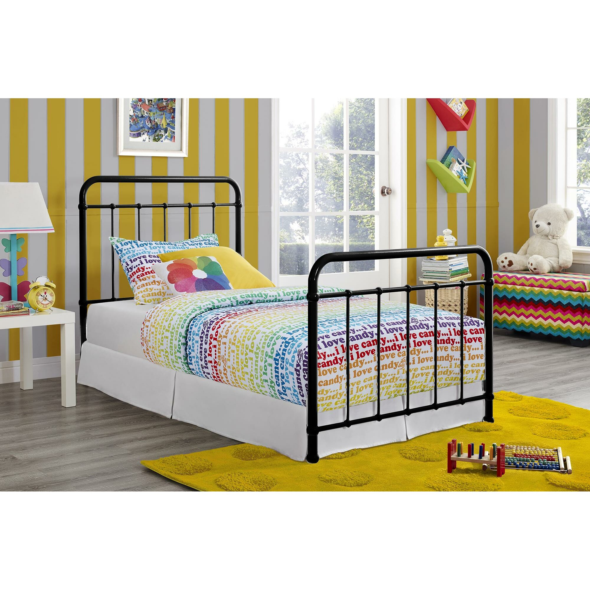 Dhp brooklyn panel bed reviews wayfairca for Brooklyn bedding sale