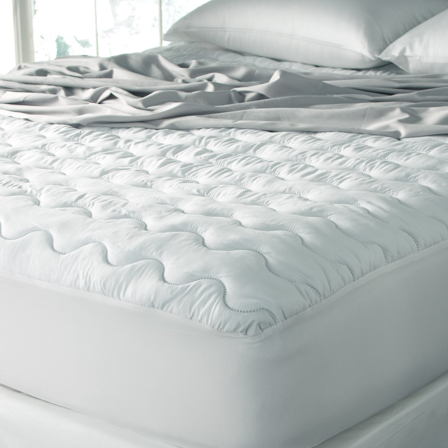 Sealy Easy Care Waterproof Microfiber 200 Thread Count ...