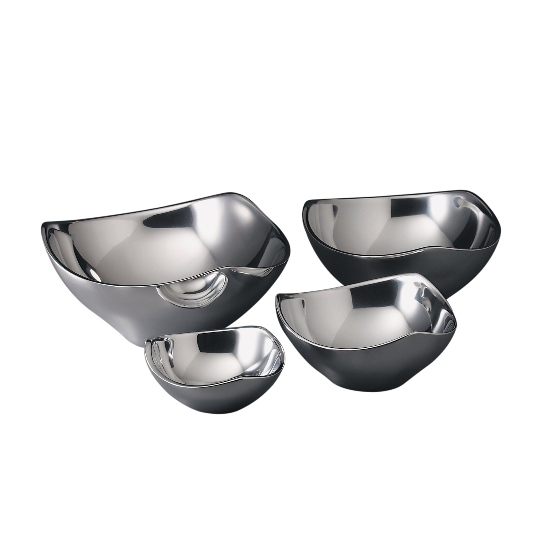 Nambe is a leading designer of kitchen utensils and other products, combining excellent style and quality since It has won countless awards for its design, including the Platinum ADEX Award for it fruit bowl, the Gold ADEX Award for its scoop server, and the Housewares Design Award for its kettle.
