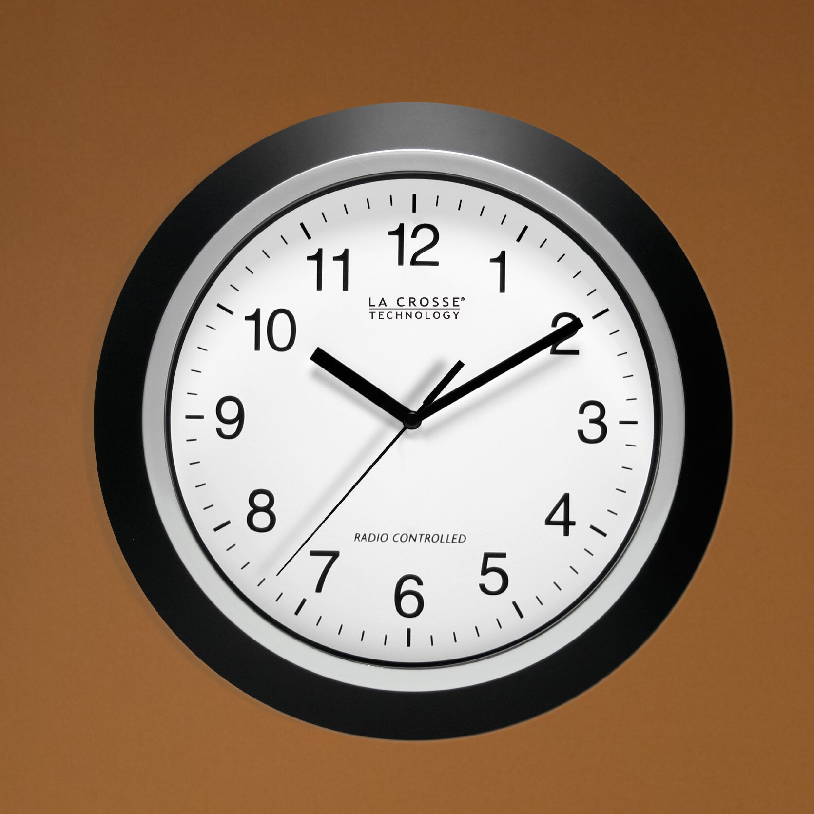 La Crosse Technology 11 5 Atomic Analogue Wall Clock